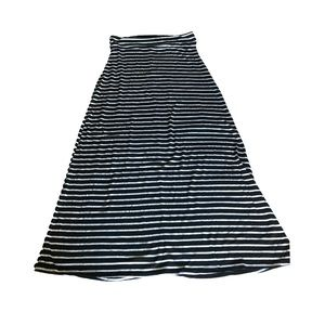 Dresses & Skirts - Black and white stripe maxi skirt